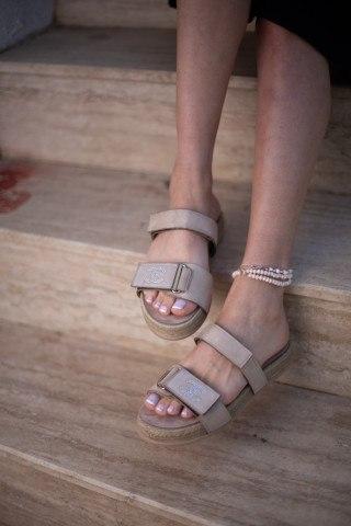Kadın Taşlı Sandalet CC BEJ SÜET